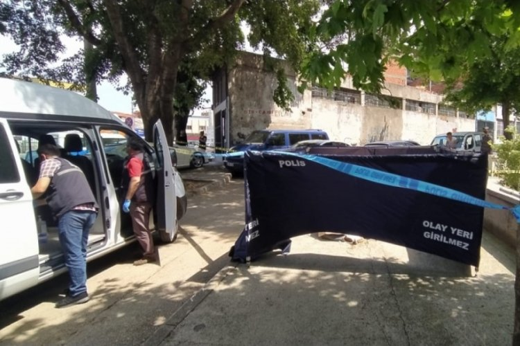 Bursa'da kimsesiz adam kaldırımda ölü bulundu