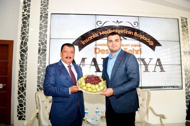 AK Partili İnan, Başkan Gürkan'ı ziyaret tti