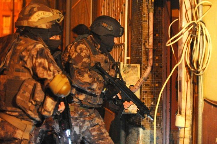 Bursa'da gaybubet evlerine operasyon: Gözaltılar var
