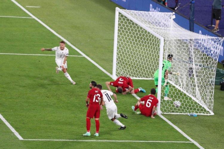 Avrupa Şampiyonası ilk kez kendi kalesine atılan bir golle başladı