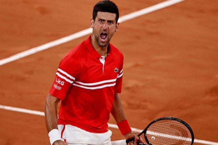 Fransa Açık tek erkeklerde Djokovic ve Tsitsipas finale yükseldi