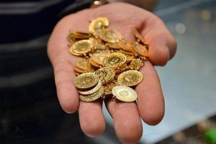 Altın fiyatları sert geriledi