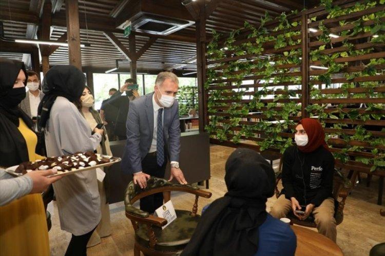 Bursa İnegöl Belediye Başkanı Taban'dan öğrencilere sürpriz ziyaret