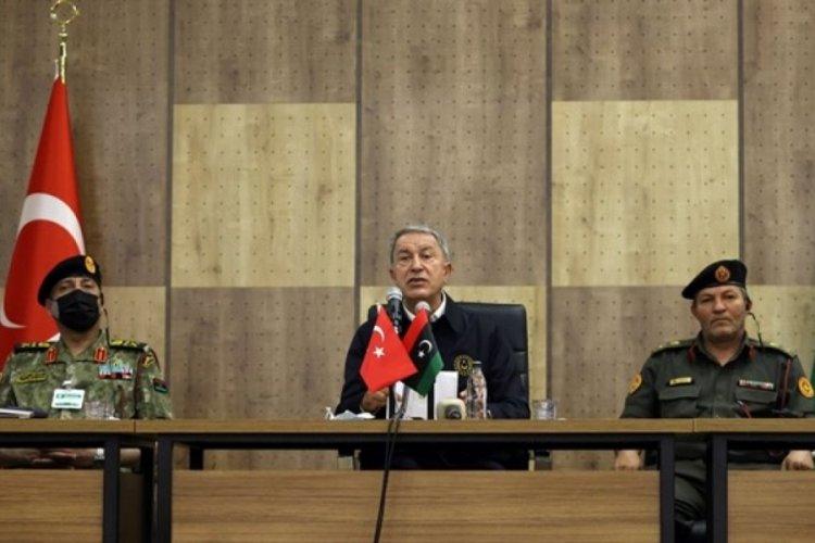 Bakan Akar'dan Libya'da üst düzey askeri temaslar
