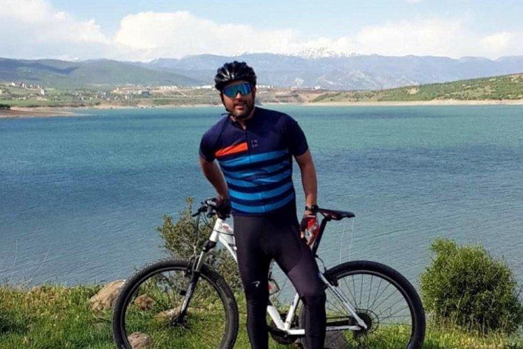 Bisikletiyle şarampole düşen akademisyen hayatını kaybetti