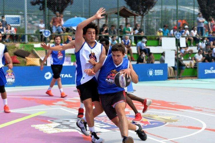Bursa Red Bull Half Court'ta ilk finalistler belli oldu