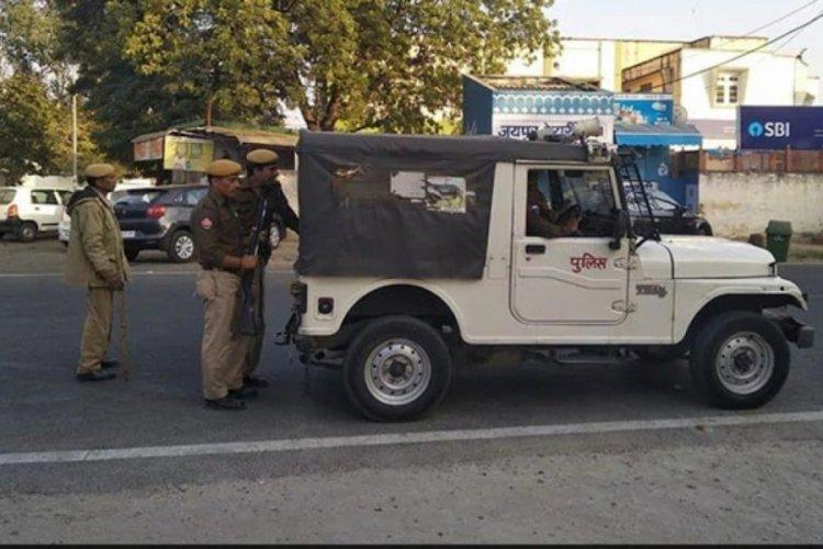 Hindistan'da inek kaçakçılığı yaptığı iddia edilen bir kişi linç edildi
