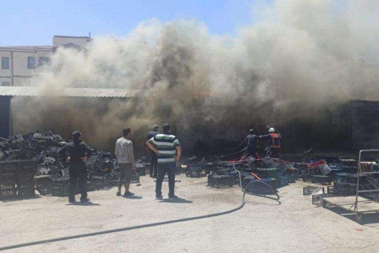 Elazığ'da sebze halinde yangın