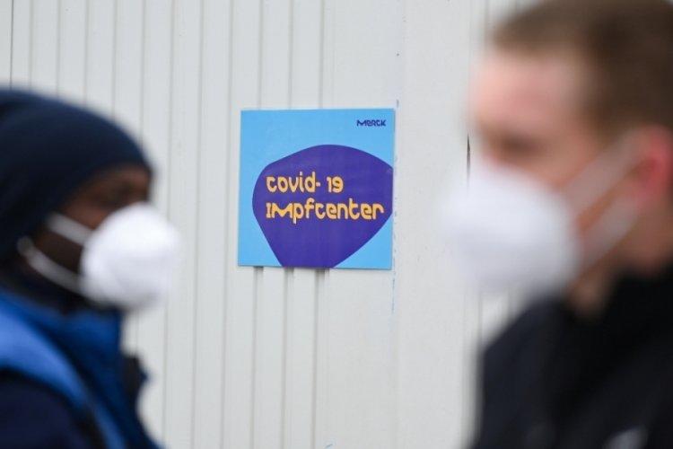 Almanya açık havada maskelerin çıkarılmasını tartışıyor