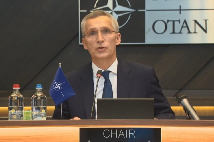 Stoltenberg, NATO Zirvesi açılış konuşmasını yaptı