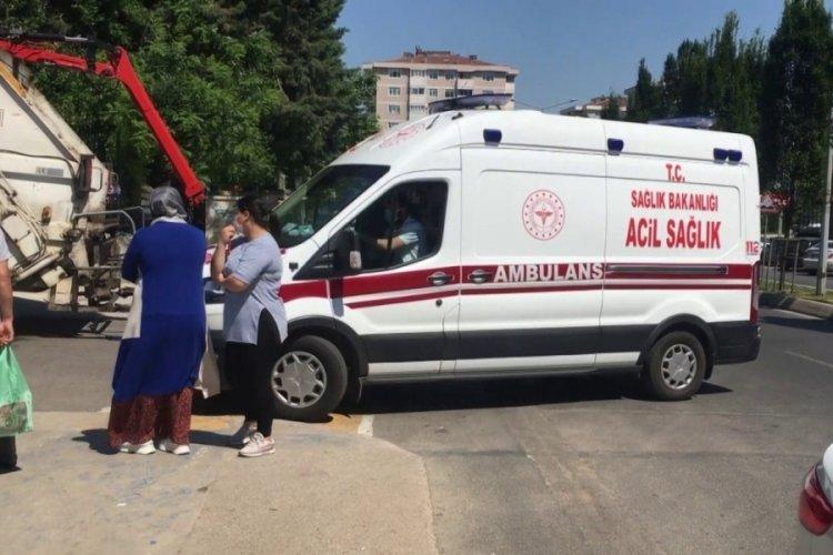 Korkunç intihar: Bir kadın kendini yangın merdivenine astı