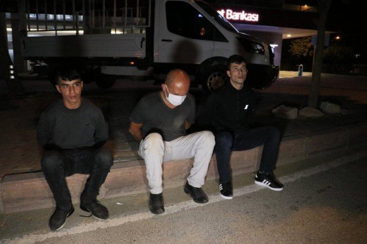 Polisten kaçan alkollü sürücü 2 kilometre kovalamacayla yakalandı