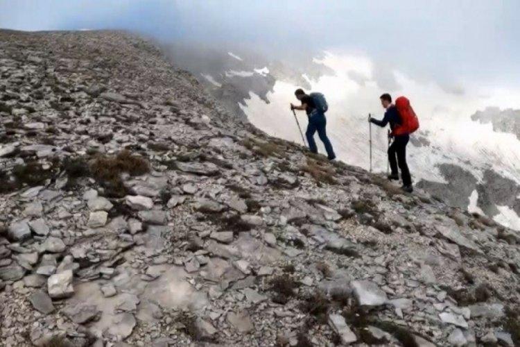 Bursa Uludağ'ın puslu zirvesinde bilinmeyene yolculuk