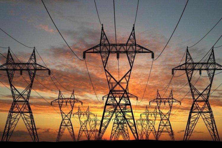 Bursa'da saatlerdir elektriksiz kaldılar!