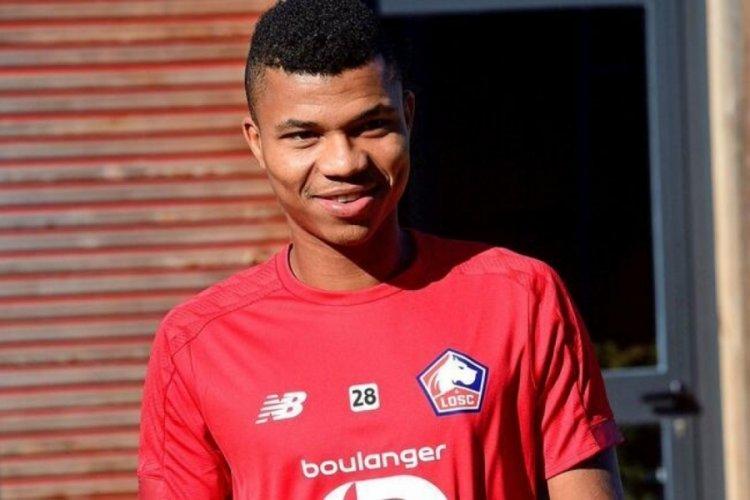 Lille'in futbolcusu Reinildo saldırıya uğradı