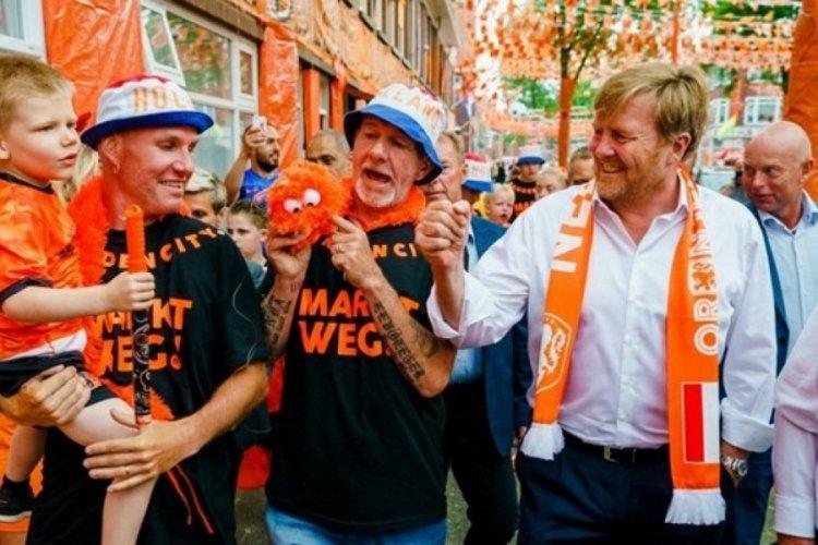 Hükümetten Hollanda Kralı'na sosyal mesafe tepkisi
