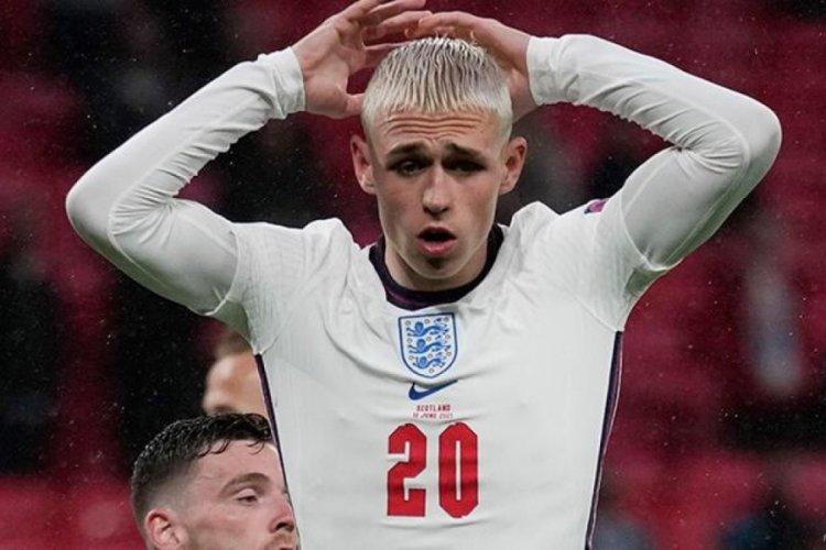 İngiltere zirveyi kaptırdı