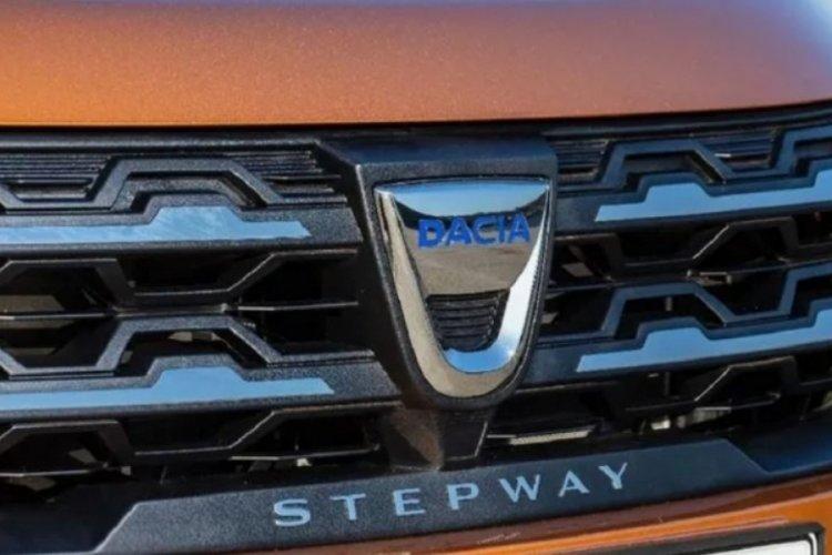 Dacia da logosunu değiştirdi