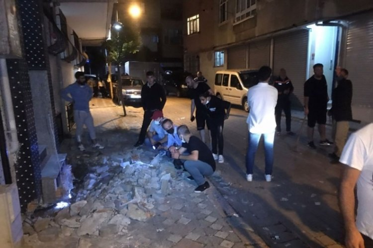 Yılan paniği mahalleliyi sokağa döktü