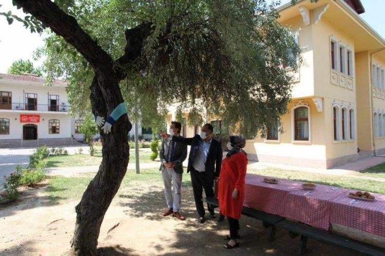 Bursa'da çocuk evlerine BUTTİM'den jest