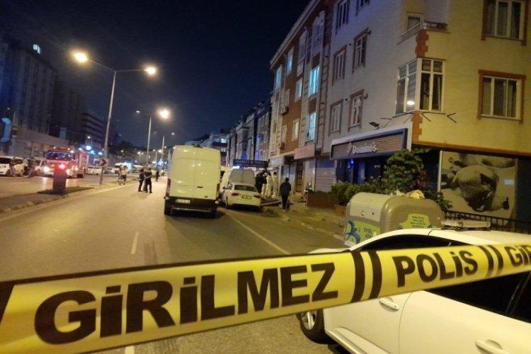 Anne ve oğlunun cesetlerinin bulunduğu evde bomba alarmı!