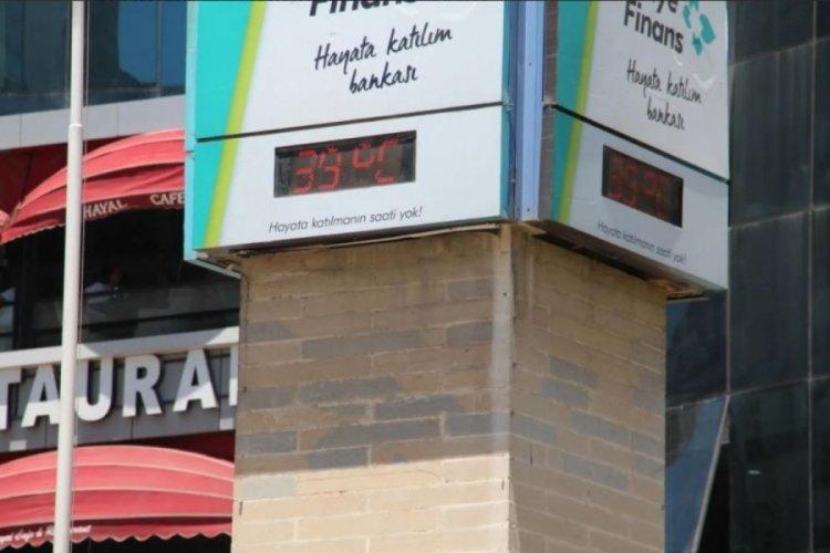 Elazığ'da termometre 39 dereceyi gösterdi!