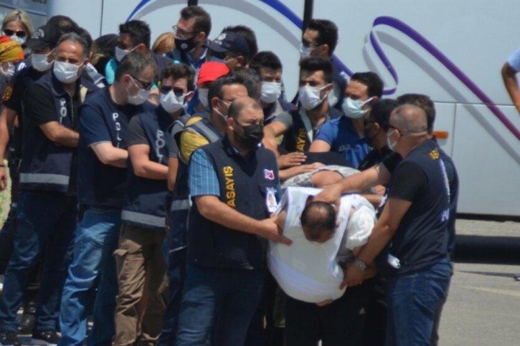Polisi şehit eden şüpheliler, defalarca yapılan 'dur' ihtarına uymamış