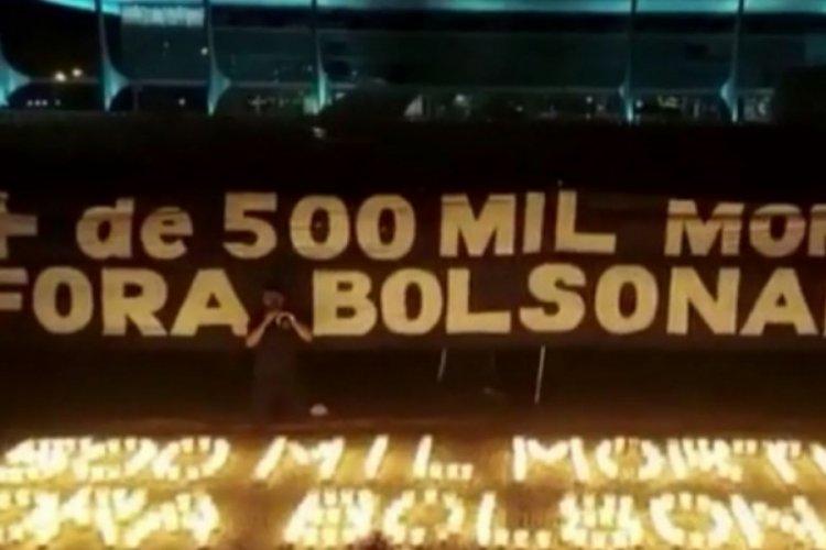 Brezilya'da kovid kurbanları için 500 mum yakıldı