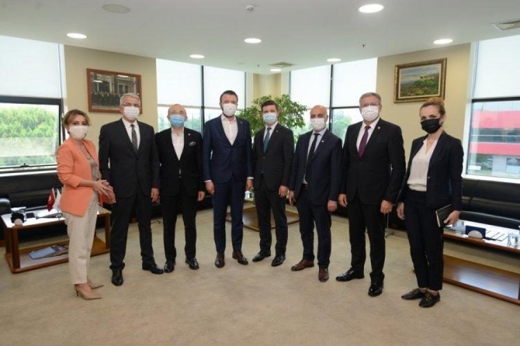 Bosna Hersek Büyükelçisi Alagiç Bursa Ticaret ve Sanayi Odası'nı ziyaret etti