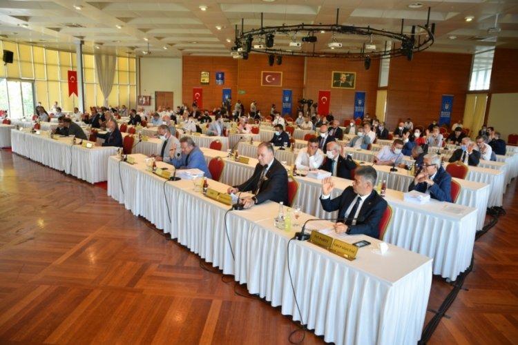 Bursa'da başarılı personeller ödüllendiriliyor