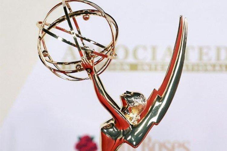 2021 Emmy Ödülleri cinsiyetsiz tanıtılma seçeneği sunacak