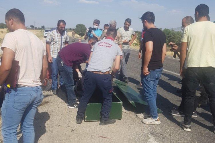6 kişinin bulunduğu sepetli motosiklet kaza yaptı