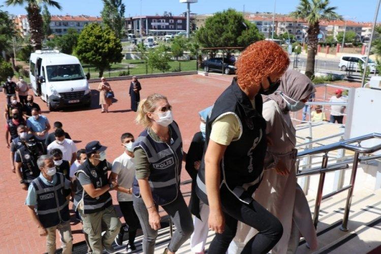 Ayvalık'ta denizde yakalan FETÖ üyeleri tutuklandı