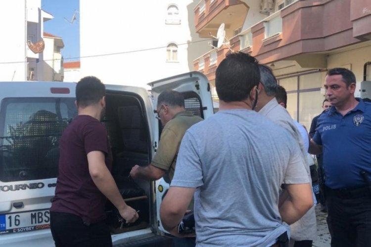 Bursa'da pusu kurarak beklediği komşusunu öldürdü