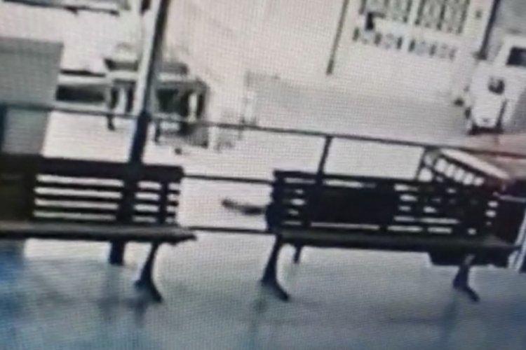 Bursa Gemlik'teki cinayet ânı güvenlik kamerasında
