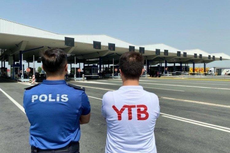 Tatile gelen gurbetçiler YTB tarafından Sırbistan'da karşılanıyor