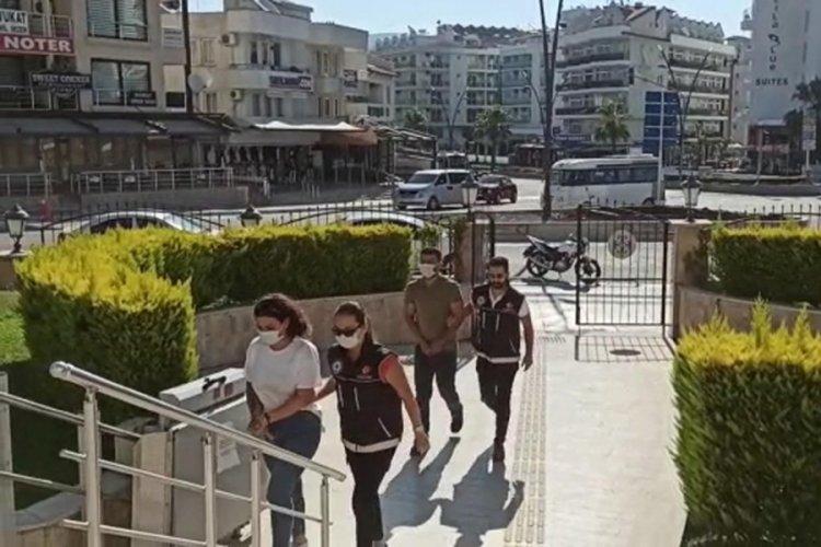 Öğretmen ve inşaat işçisi sevgilisi, uyuşturucu ticaretinden tutuklandı