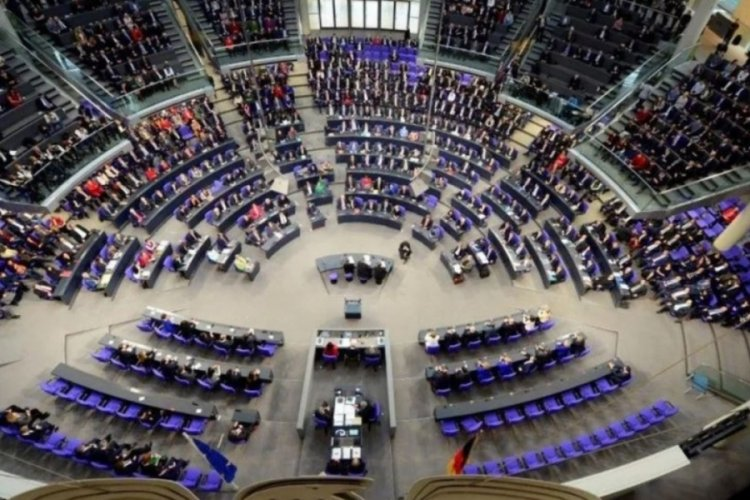 Almanya'da ırkçılara ve yabancı düşmanlarına vatandaşlık yok