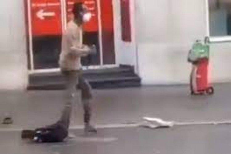 Almanya'da bıçaklı saldırı: En az 3 ölü