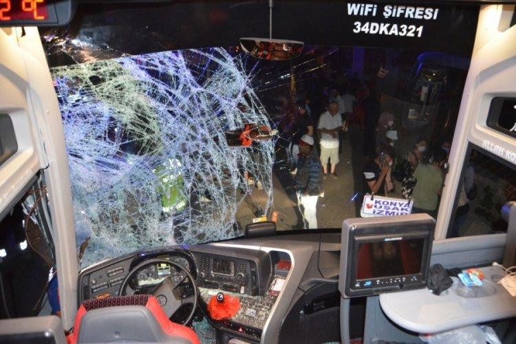 Aksaray'da otobüs ile minibüs çarpıştı: 12 yaralı