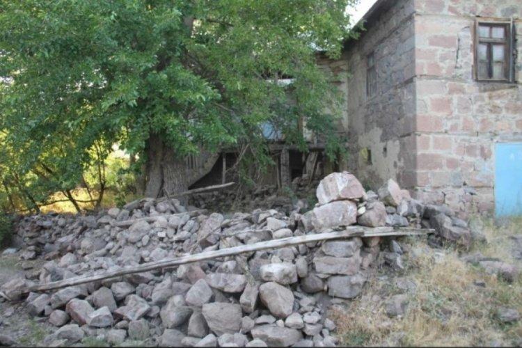 Bingöl depremi en çok Elazığ'ı etkiledi, hasar gün ağarınca ortaya çıktı