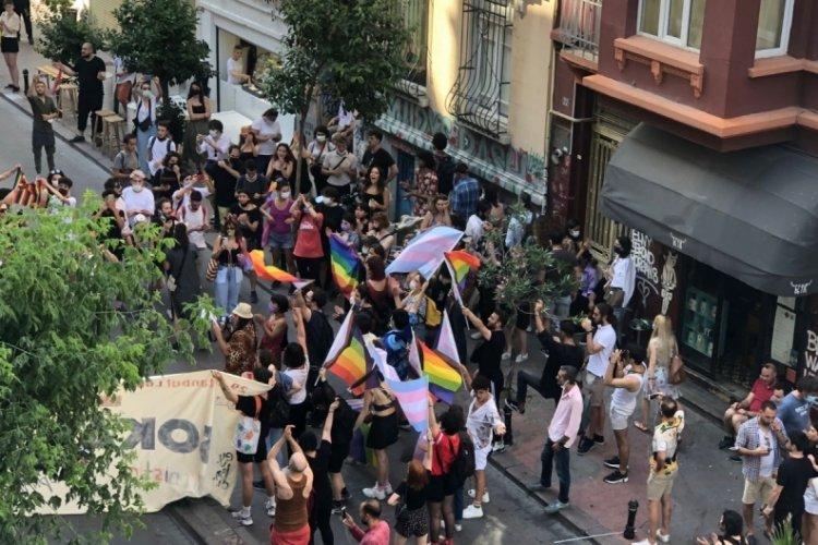 Taksim'de Onur Yürüyüşü'ne müdahale!