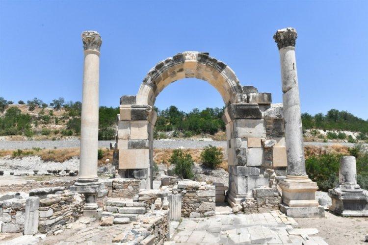 Stratonikeia Antik Kenti'nde 'Tapınak-2' için kazı çalışmaları başladı