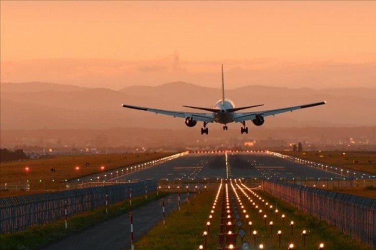 Kısıtlamaların kalkacağı açıklamasıyla otobüs ve uçak seferlerinde yoğunluk yaşandı