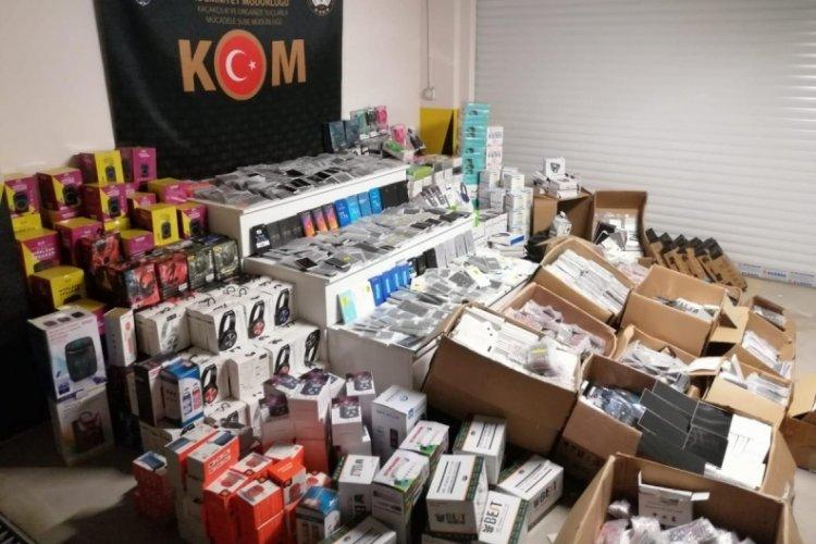 Eskişehir'de 3 milyon TL'lik kaçak elektronik eşya ele geçirildi