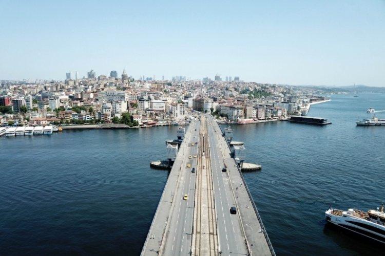 İstanbul, kısıtlamalı son pazar gününde boş kaldı