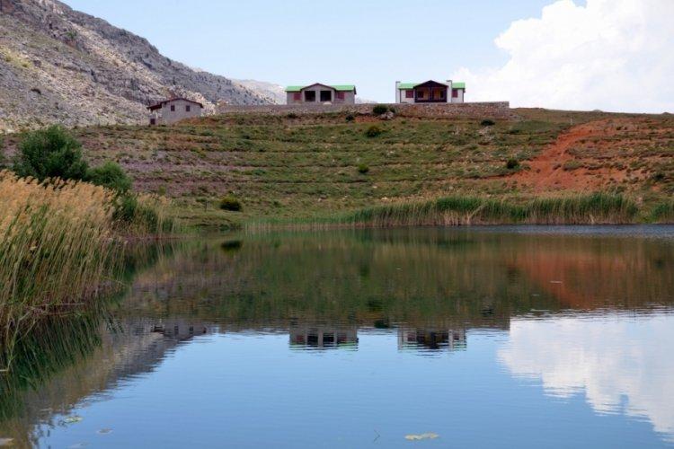 Turizm cennetinde iki göl yapılaşma tehdidi altında