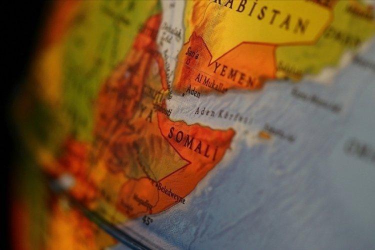 Somali'de terör örgütü Eş-Şebab'ın saldırılarında en az 20 sivil hayatını kaybetti