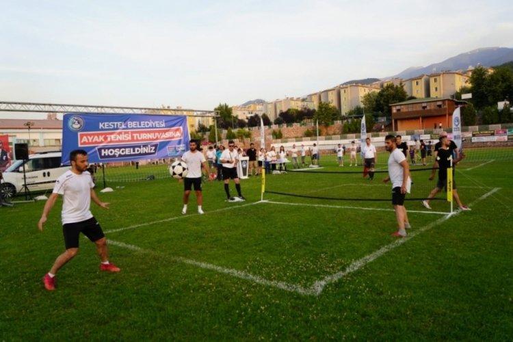 Bursa'nın ilk ayak tenisi turnuvasında ödüller sahiplerini buldu