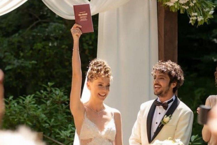 Taner Ölmez ve Ece Çeşmioğlu evlendi